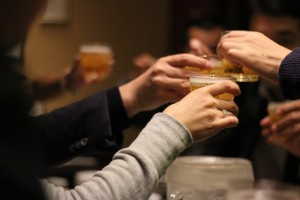 cheers-2636510_1920