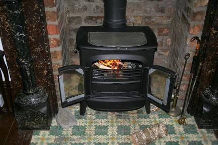 fireplace-195296_1280